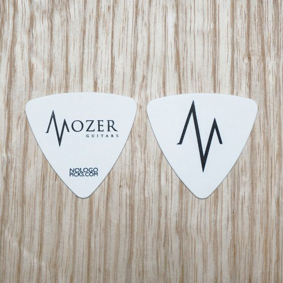 MOZER_triangle-picks_white
